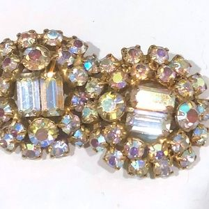 VINTAGE Aurora Borealis Cluster {Clip Earrings}